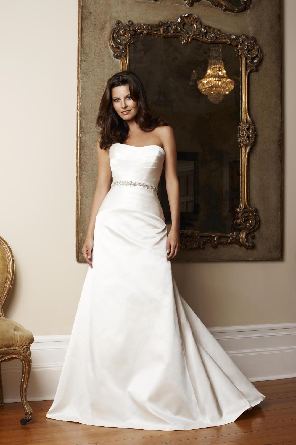 Suzanne Neville 2009 Wedding Dresses | cheltenham wedding boutique